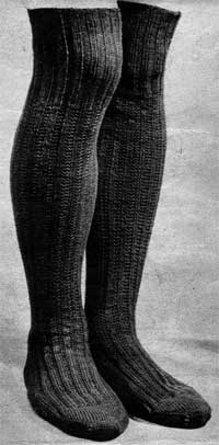 Long Socks from Essentials for the Forces (Jaeger Hand-Knit Series No. 44), 1940s.
