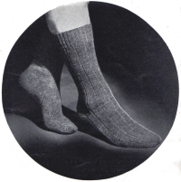 Socks from Needlewoman and Needlecraft, no. 3, early 1940s.